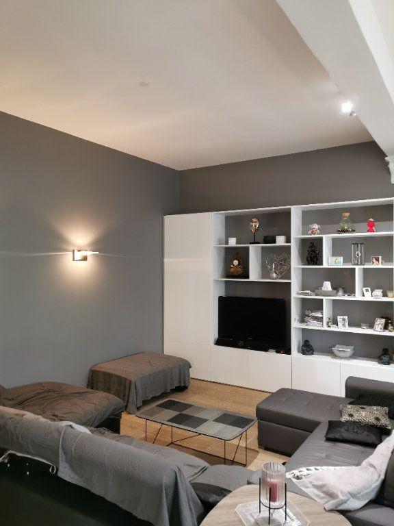 Maison à vendre 4 114.53m2 à Bordeaux vignette-2