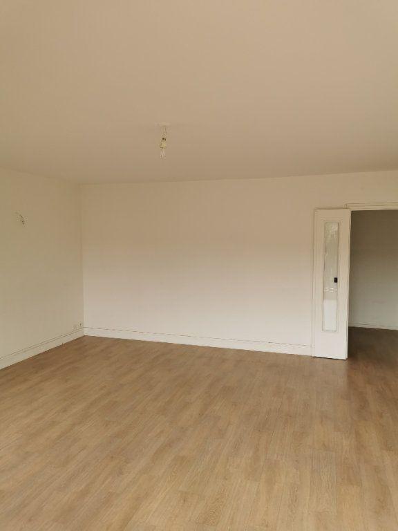Appartement à vendre 4 116.36m2 à Bordeaux vignette-2