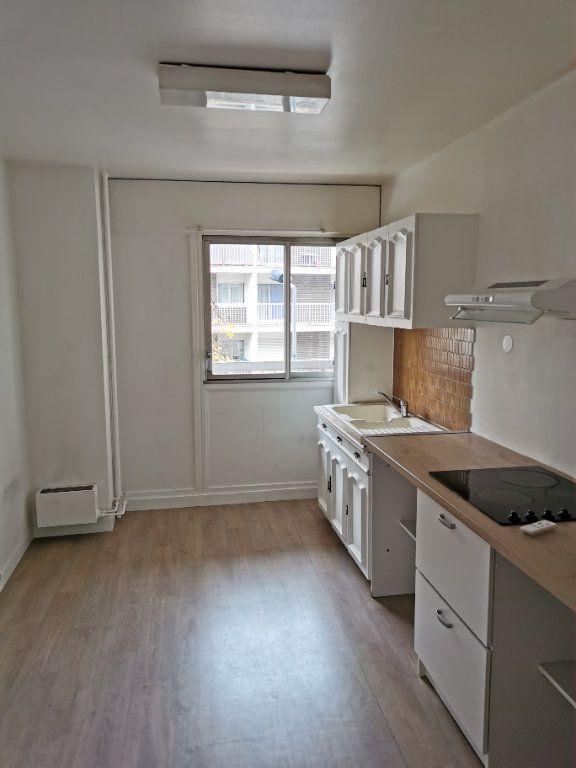 Appartement à vendre 4 116.36m2 à Bordeaux vignette-4