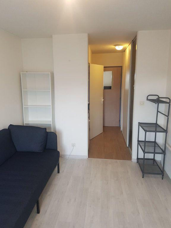 Appartement à louer 1 19.07m2 à Bordeaux vignette-2