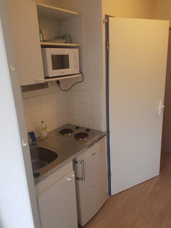 Appartement à louer 1 19.07m2 à Bordeaux vignette-3