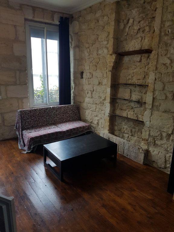Appartement à louer 2 32.96m2 à Bordeaux vignette-4