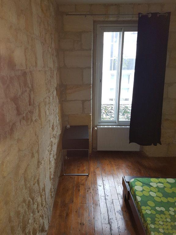 Appartement à louer 2 32.96m2 à Bordeaux vignette-5