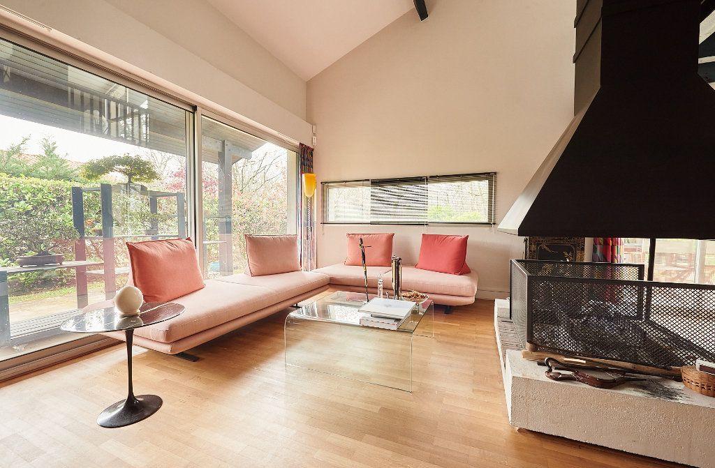 Maison à vendre 5 160m2 à Cestas vignette-3