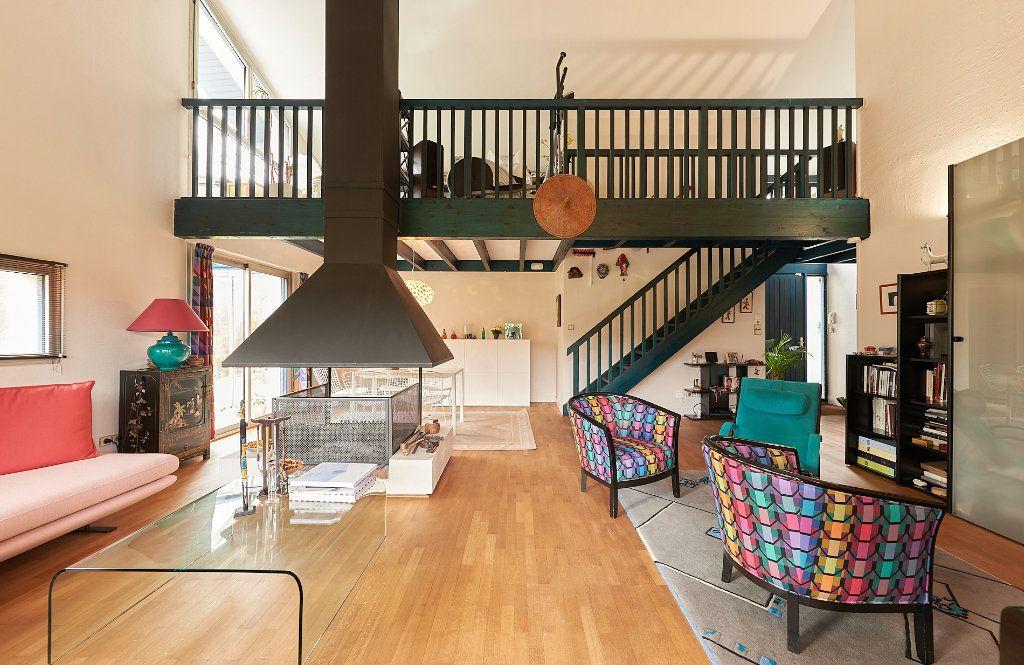 Maison à vendre 5 160m2 à Cestas vignette-5