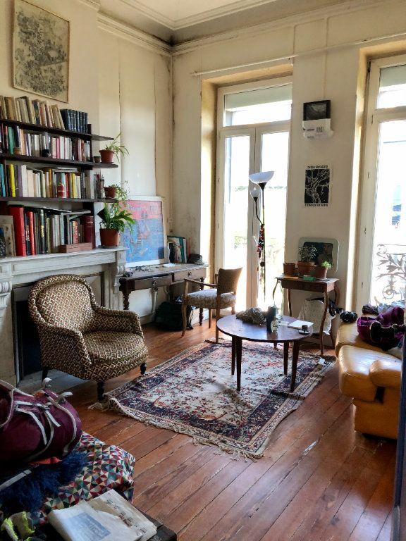 Appartement à vendre 3 104.25m2 à Bordeaux vignette-1