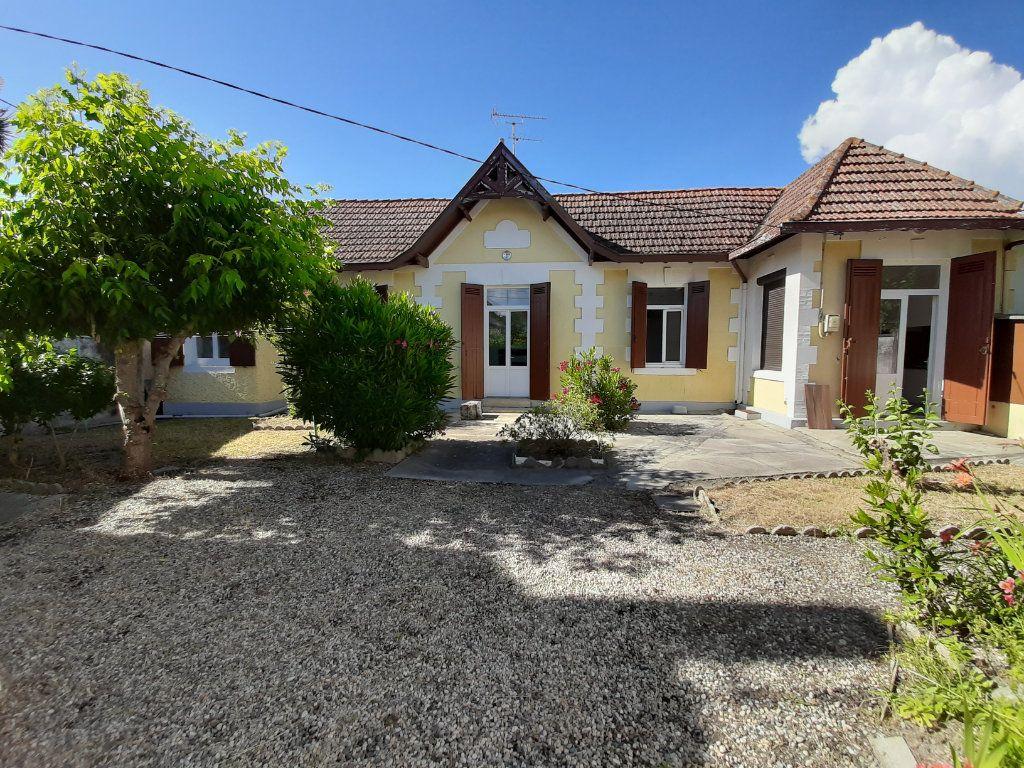 Maison à vendre 3 70.6m2 à Gujan-Mestras vignette-1