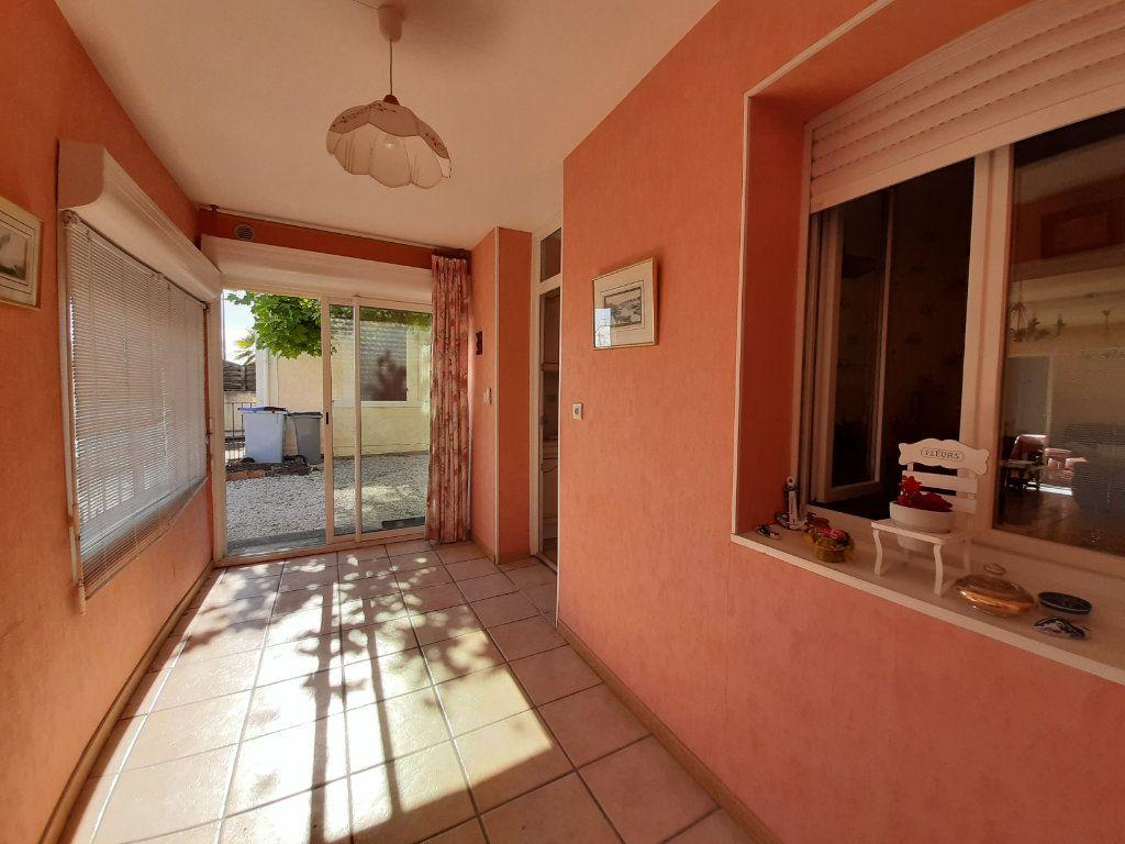Maison à vendre 3 68.73m2 à Gujan-Mestras vignette-1