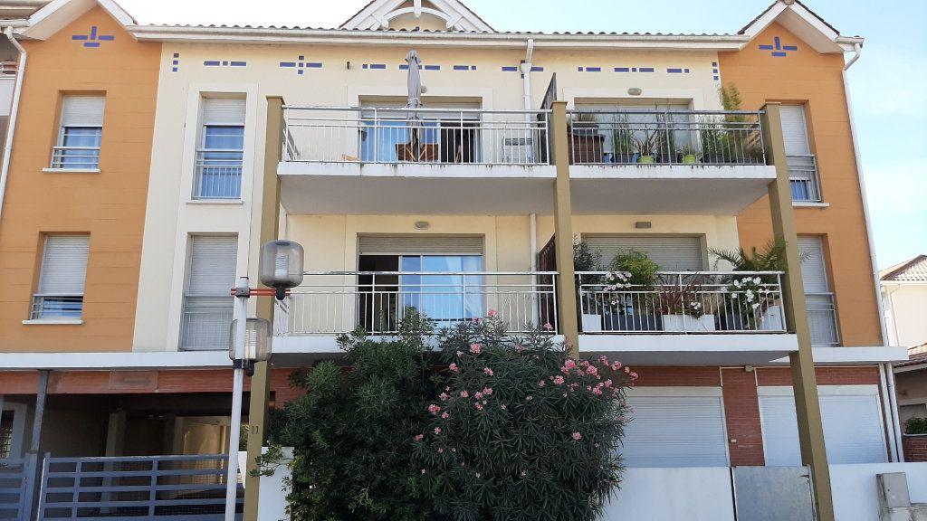 Appartement à vendre 3 52m2 à Gujan-Mestras vignette-1