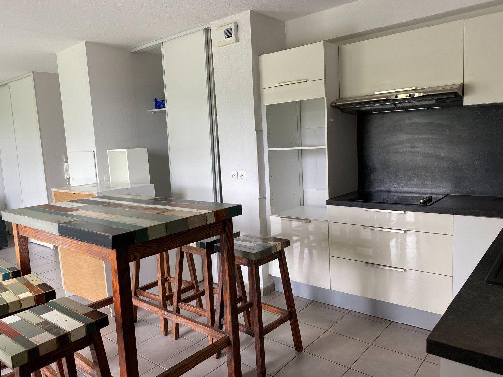 Appartement à louer 4 82m2 à Floirac vignette-2