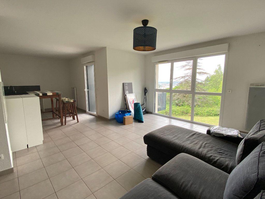 Appartement à louer 4 82m2 à Floirac vignette-3