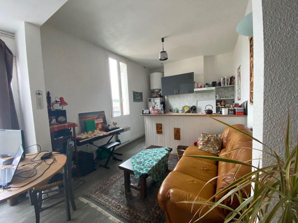 Appartement à vendre 2 36.1m2 à Bordeaux vignette-2