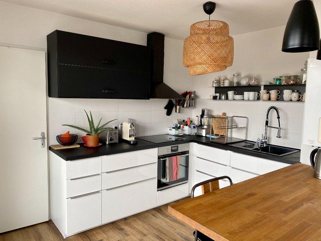 Appartement à vendre 5 108m2 à Bordeaux vignette-3
