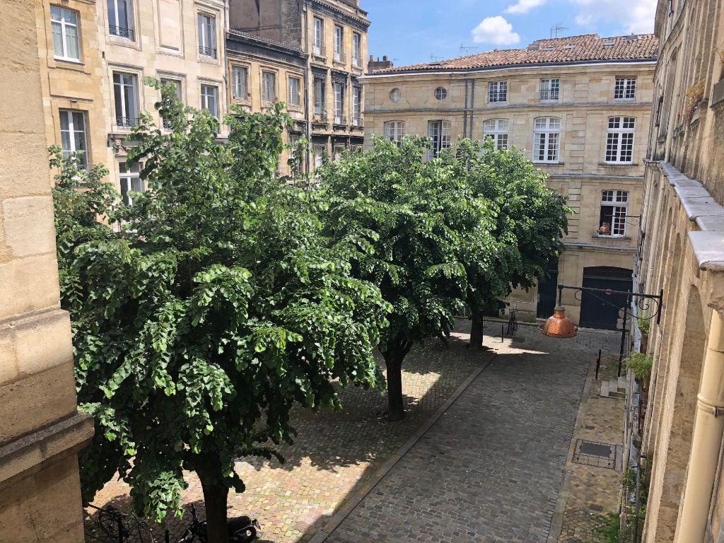 Appartement à vendre 2 36.01m2 à Bordeaux vignette-1