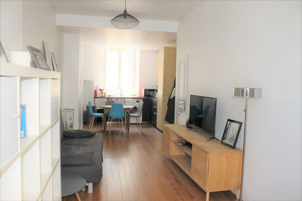 Appartement à vendre 2 36.01m2 à Bordeaux vignette-2