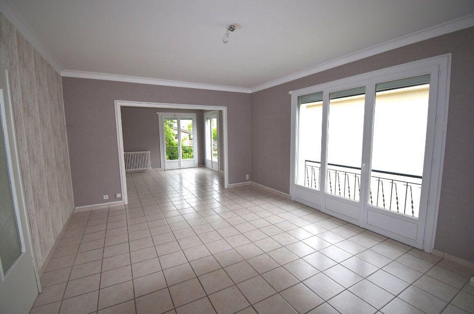 Appartement à vendre 4 104.15m2 à Toulouse vignette-2