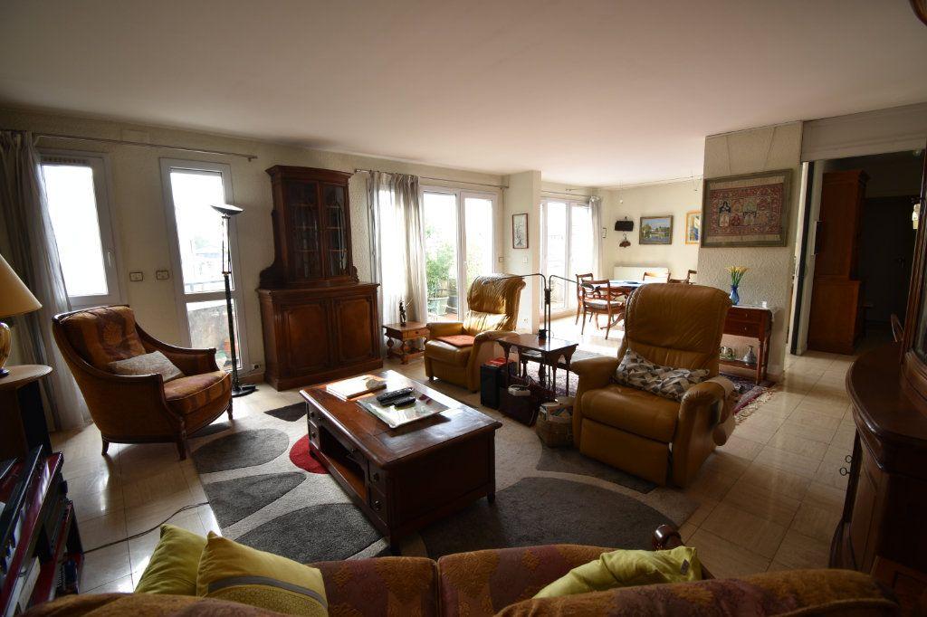 Appartement à vendre 4 132.5m2 à Toulouse vignette-2