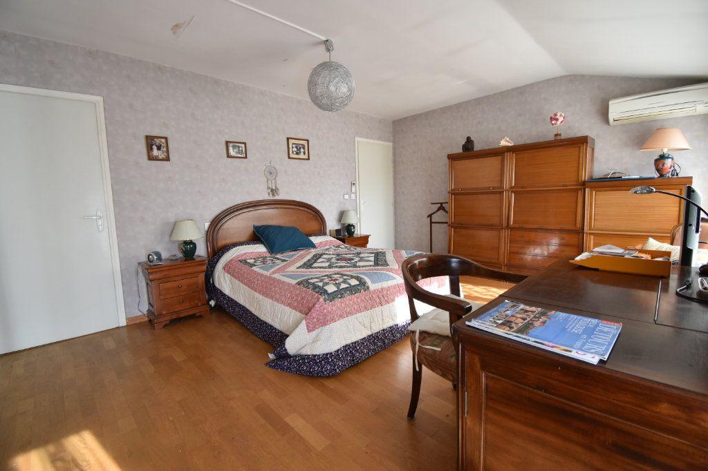 Appartement à vendre 4 132.5m2 à Toulouse vignette-3