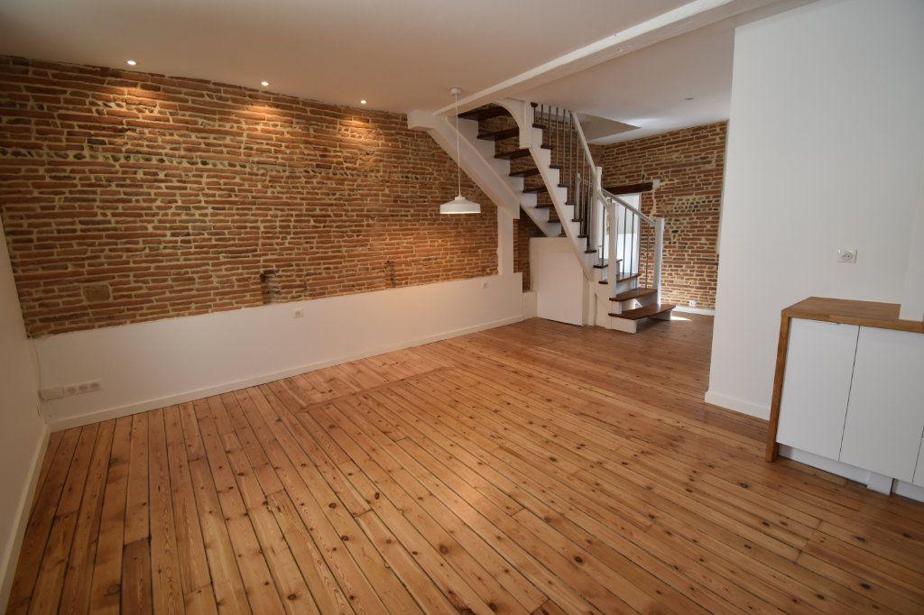 Appartement à vendre 3 61.47m2 à Toulouse vignette-2