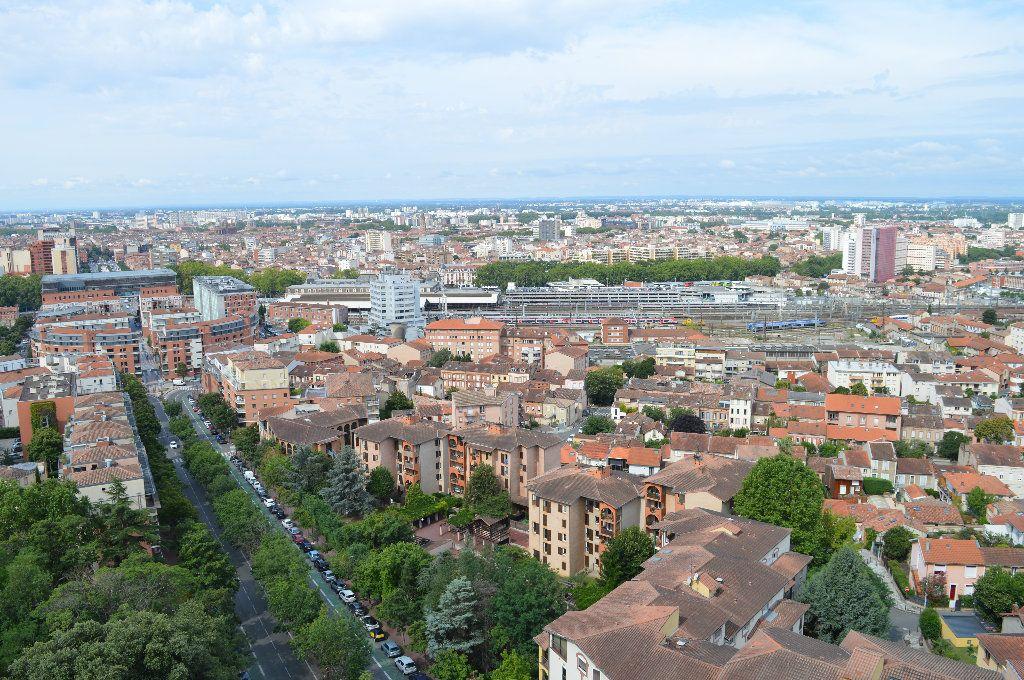 Appartement à vendre 5 109m2 à Toulouse vignette-1