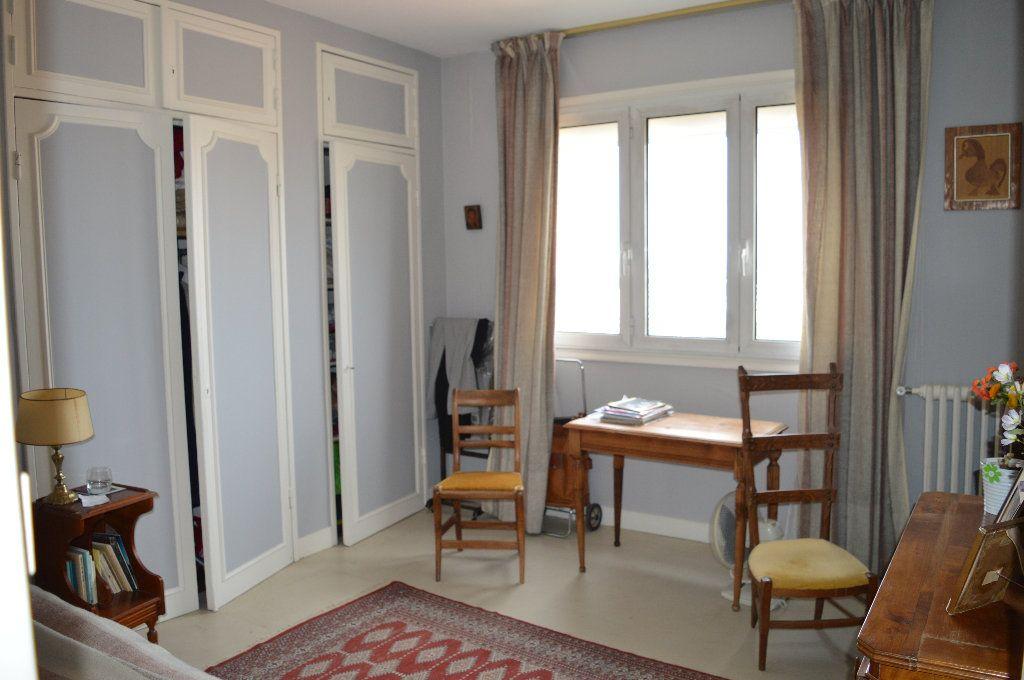 Appartement à vendre 5 109m2 à Toulouse vignette-3