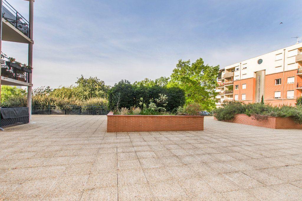 Appartement à vendre 2 38m2 à Toulouse vignette-2