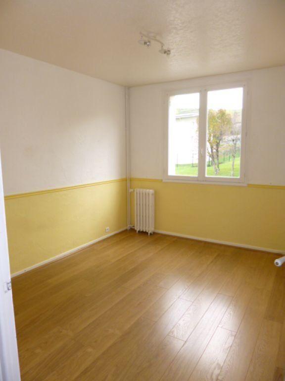 Appartement à louer 4 70.41m2 à Aurillac vignette-4