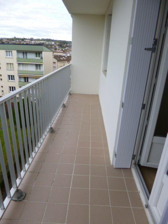 Appartement à louer 4 70.41m2 à Aurillac vignette-5