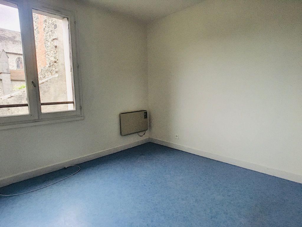 Appartement à louer 5 88m2 à Aurillac vignette-4