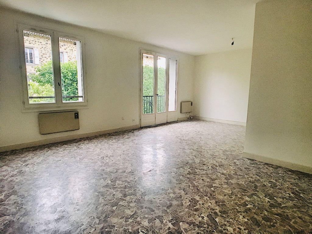 Appartement à louer 5 88m2 à Aurillac vignette-5