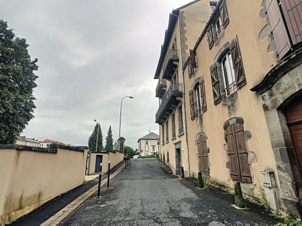 Appartement à louer 2 34.5m2 à Aurillac vignette-13