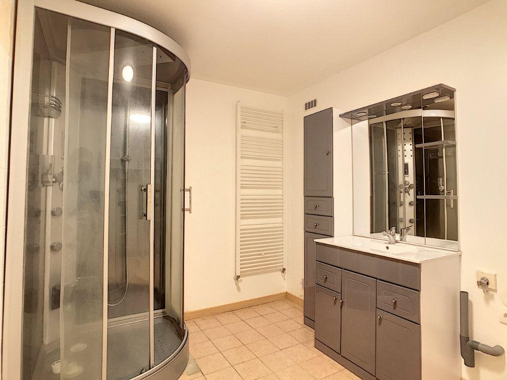 Appartement à louer 2 49.42m2 à Aurillac vignette-6