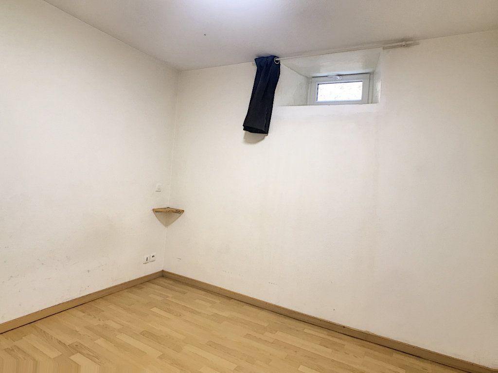 Appartement à louer 2 49.42m2 à Aurillac vignette-9