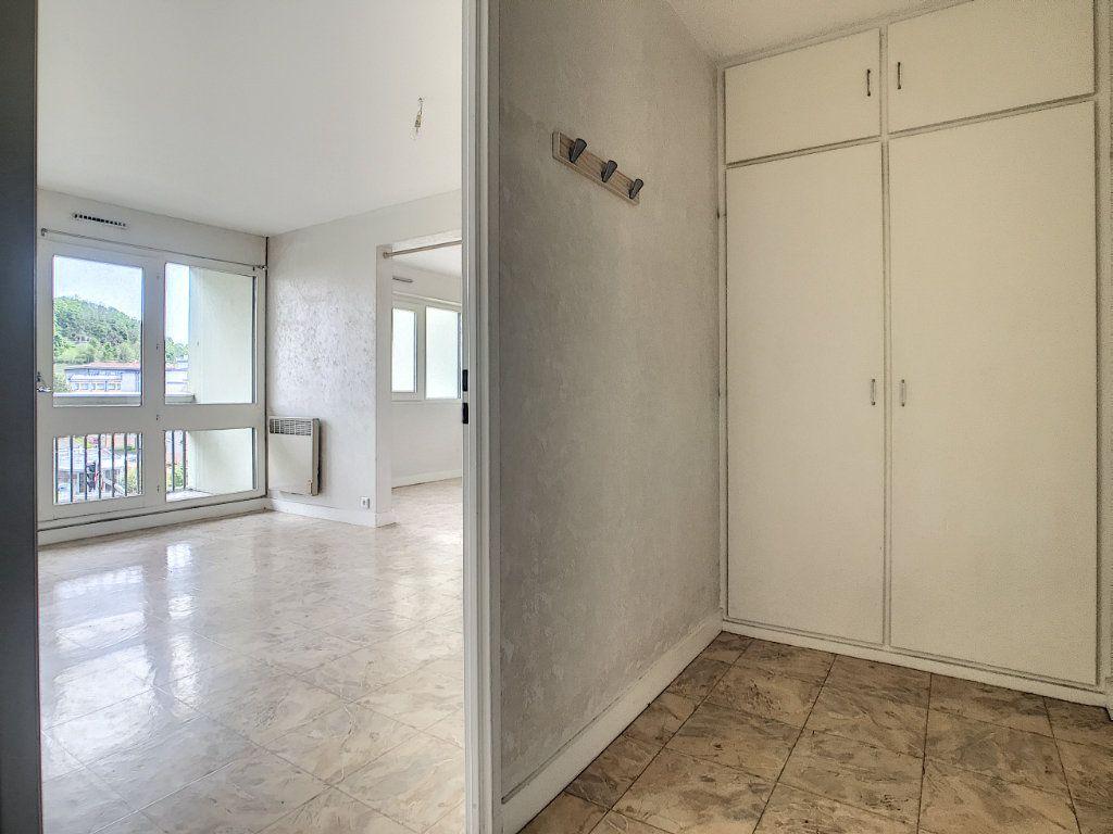 Appartement à louer 2 37.94m2 à Aurillac vignette-6