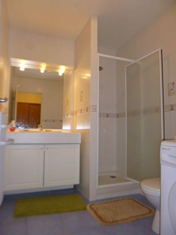 Appartement à louer 2 35.43m2 à Aurillac vignette-3