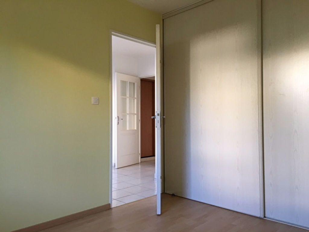 Appartement à louer 2 35.43m2 à Aurillac vignette-4