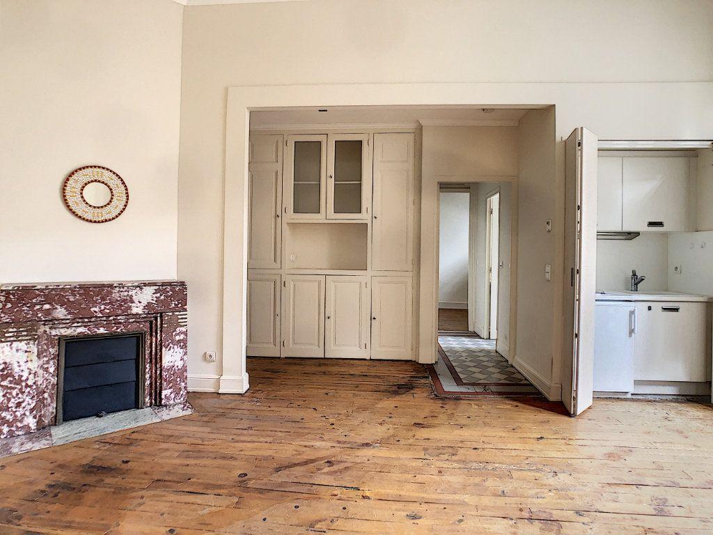 Appartement à louer 2 39.3m2 à Aurillac vignette-2