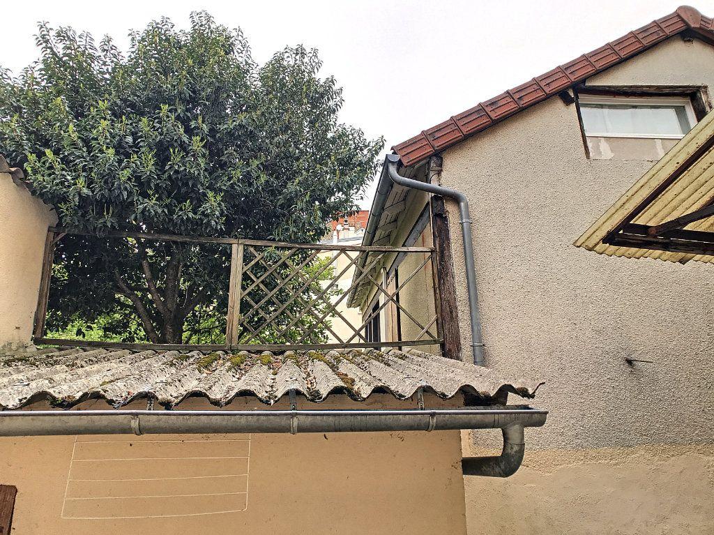 Appartement à louer 1 19.91m2 à Aurillac vignette-5
