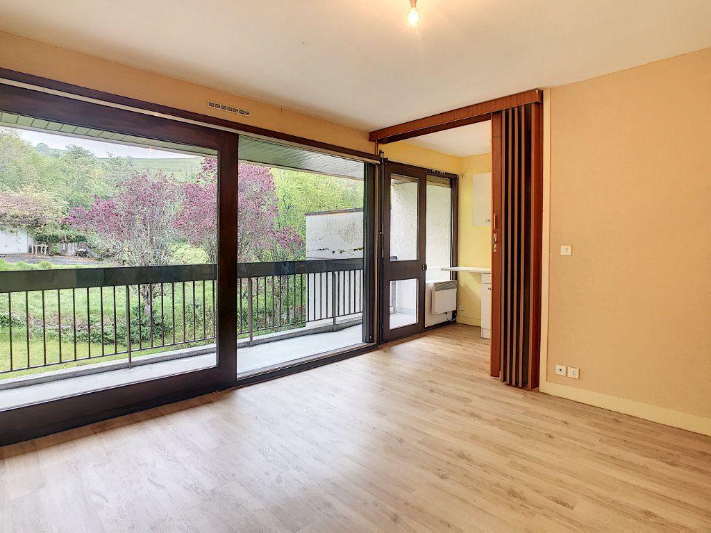 Appartement à louer 1 30.46m2 à Aurillac vignette-3