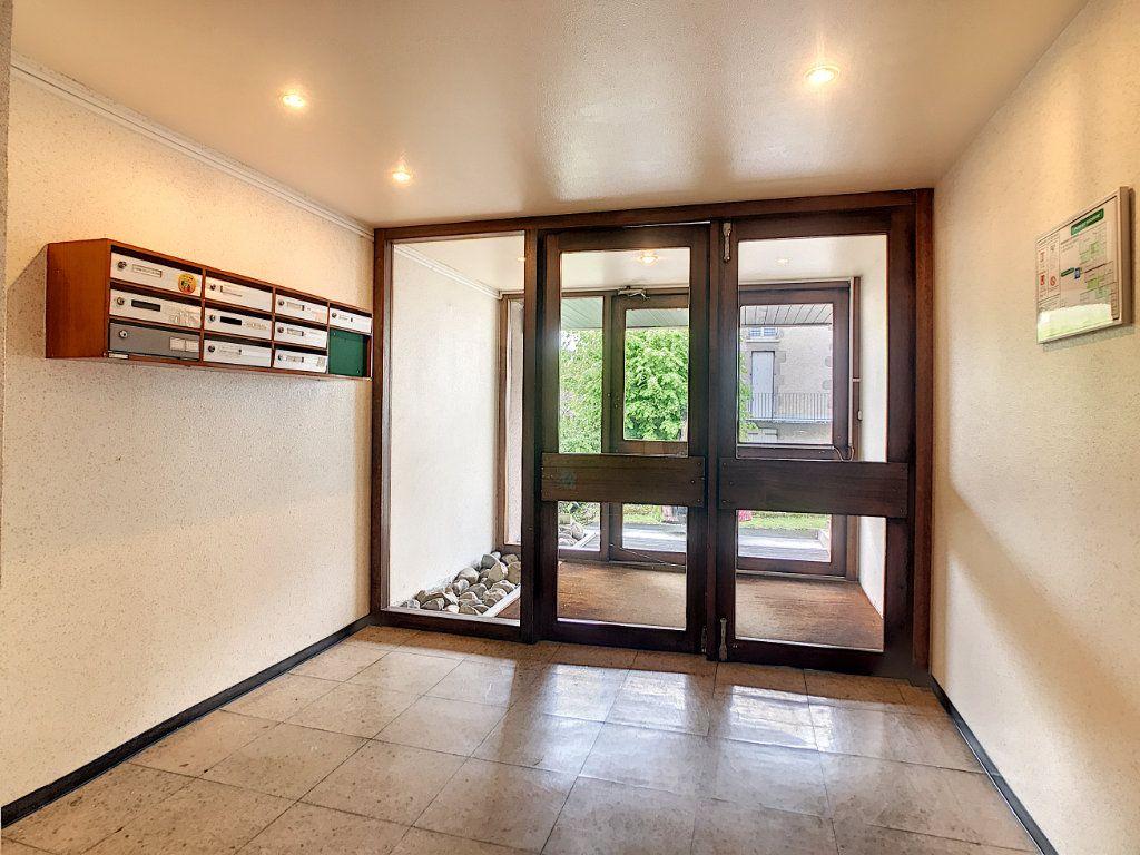 Appartement à louer 1 30.46m2 à Aurillac vignette-10