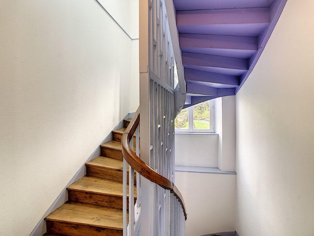 Appartement à louer 3 73.55m2 à Jussac vignette-16