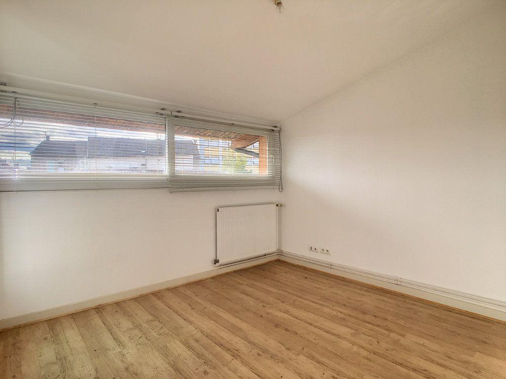 Appartement à louer 4 79.53m2 à Aurillac vignette-11