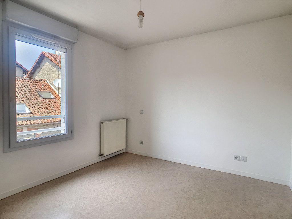 Appartement à louer 2 54.8m2 à Aurillac vignette-7