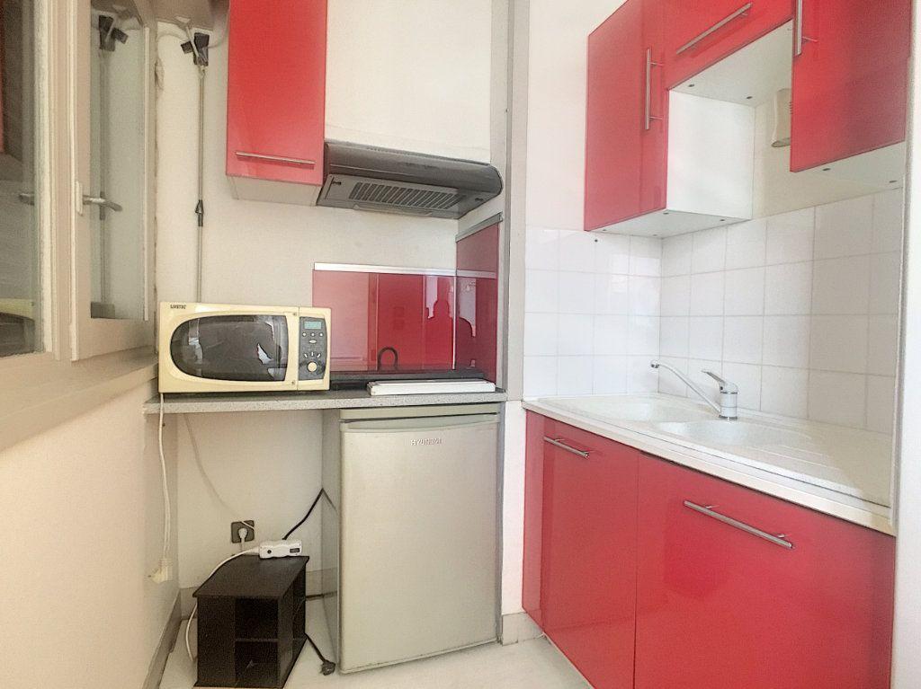 Appartement à vendre 2 41m2 à Aurillac vignette-3