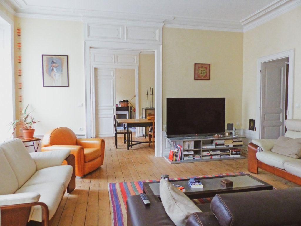 Appartement à vendre 6 135m2 à Aurillac vignette-1