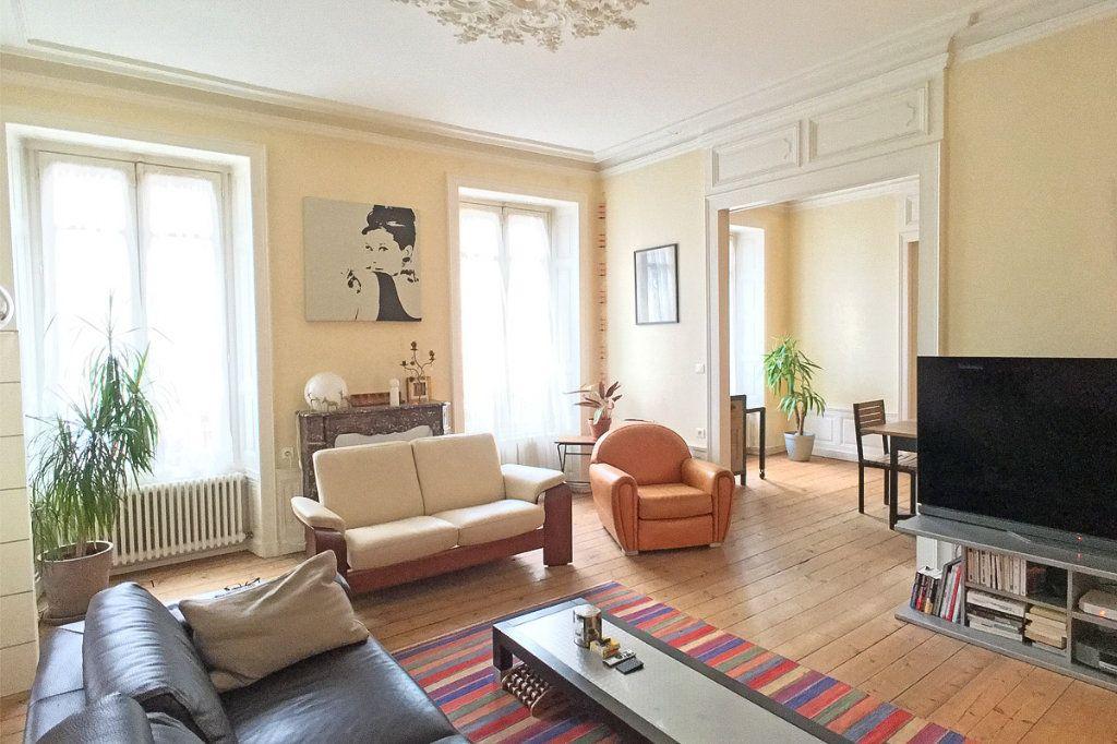 Appartement à vendre 6 135m2 à Aurillac vignette-2