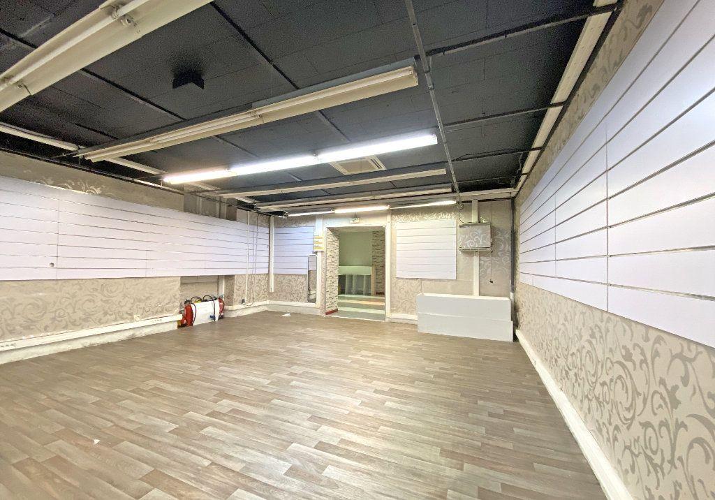 Maison à vendre 10 500m2 à Aurillac vignette-2