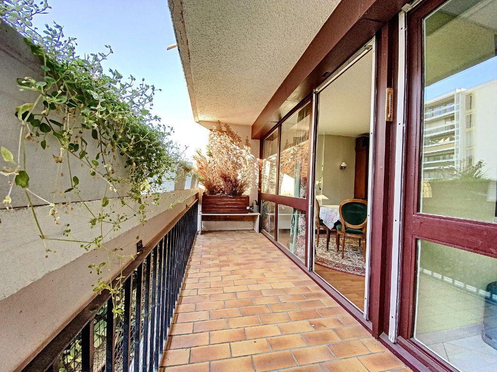 Appartement à vendre 3 62m2 à Aurillac vignette-4