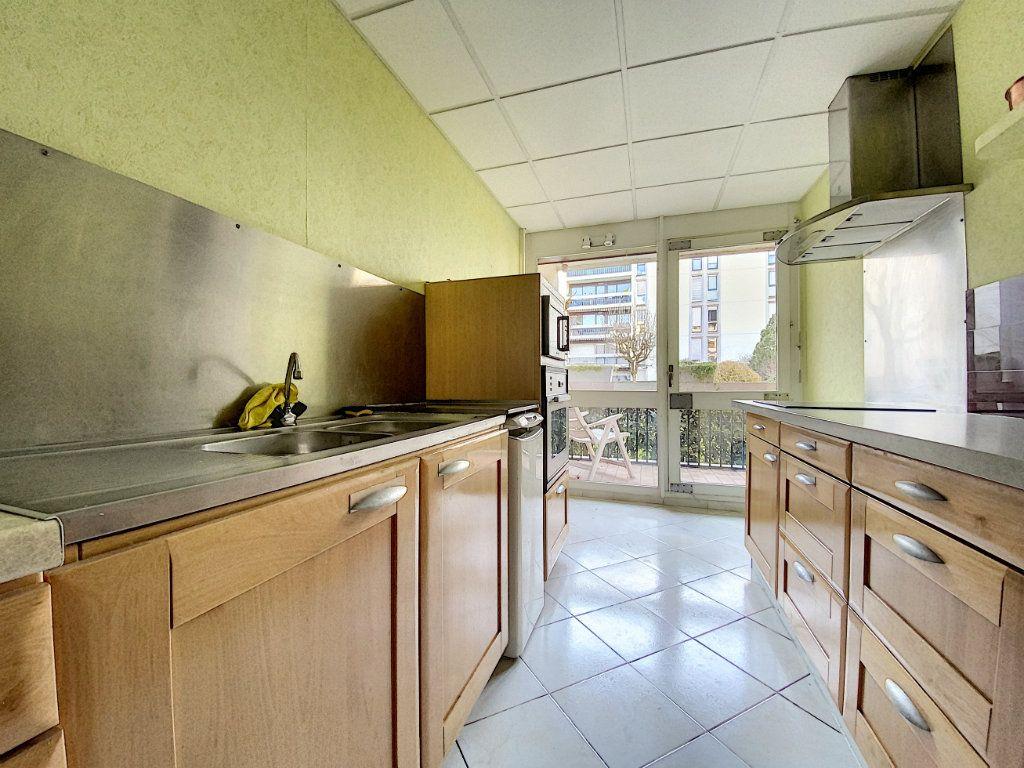 Appartement à vendre 3 62m2 à Aurillac vignette-5