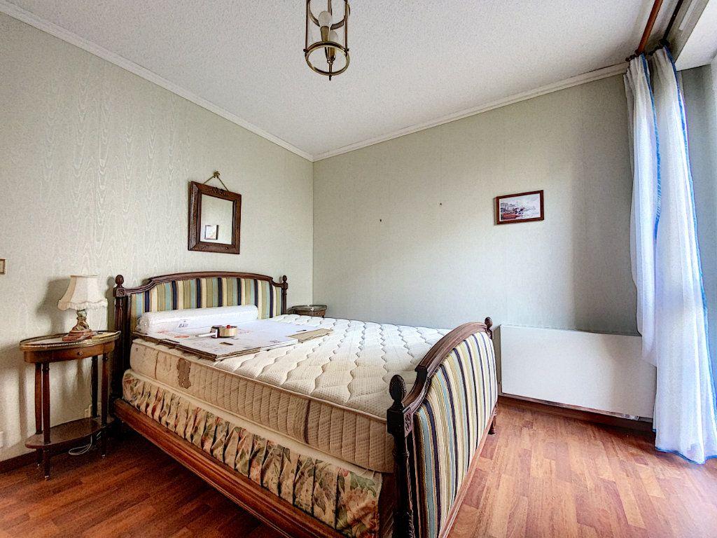 Appartement à vendre 3 62m2 à Aurillac vignette-10